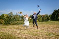 Brautpaar_in_der_luft