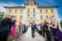 Auszug_des_Brautpaares.jpg
