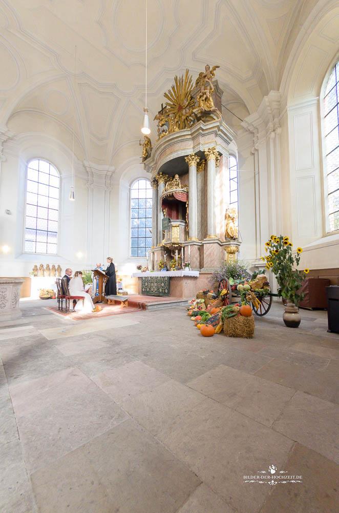 altar_altstaedter_kirche_erlangen.jpg