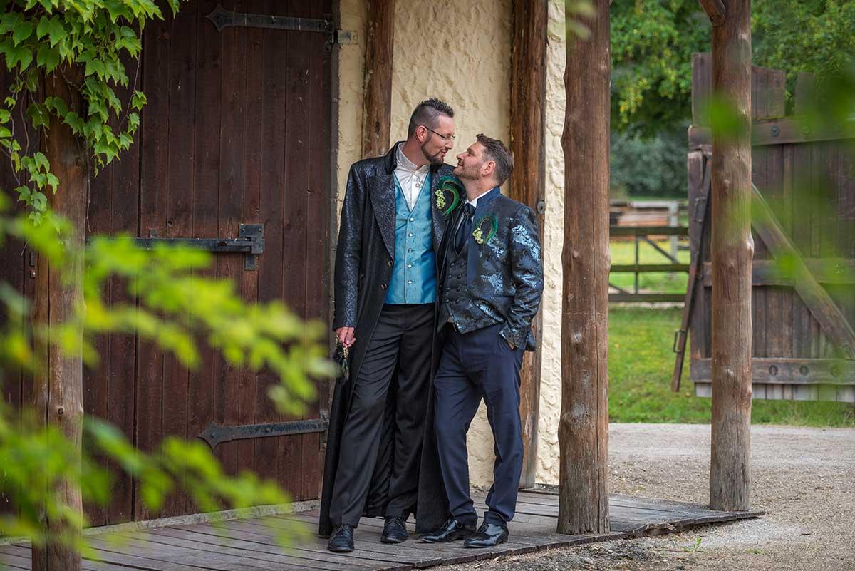 Bilder-der-Hochzeit - Schloss Thurn Westernstadt